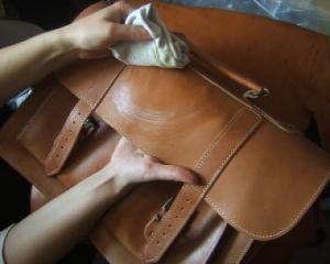 как стирать сумку