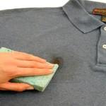 Как отстирать футболку от пятен