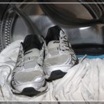Можно ли стирать кроссовки в машинке