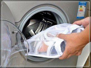 Можно ли стирать кеды в стиральной машине и как?
