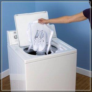 Как постирать кроссовки в стиральной машине