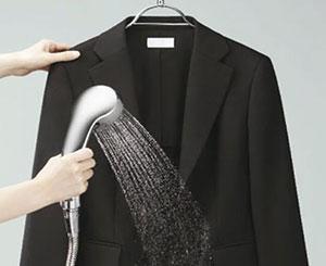 Как постирать мужской пиджак под душем
