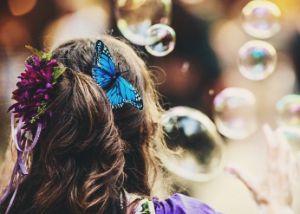 Чем отстирать мыльные пузыри с одежды