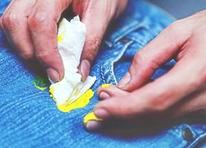 Способы обработки джинсовой одежды