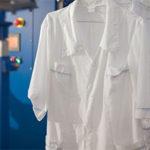 Как постирать белый медицинский халат